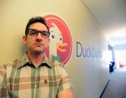 八天三百万搜索次数 DuckDuckGo成谷歌最小但最凶的对手