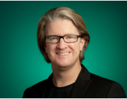 Google Play VP Chris Yerga:巨头在前,创业公司们唯一机会是开发独特而优质的产品