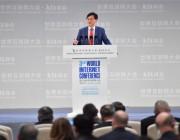 联想杨元庆:智能终端和云的结合将是人工智能的未来方向