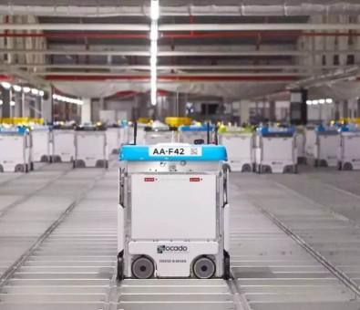 仓储机器人浪潮,催生出的是物流自动化革新,还是下岗恐惧?